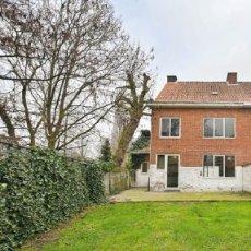 Twee huizen te koop in Turnhout